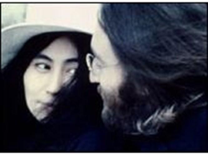 Yoko Ono Lennon'ı unutamıyor